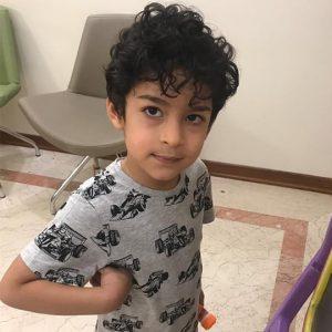 پسر بچه در مطب دندانپزشکی